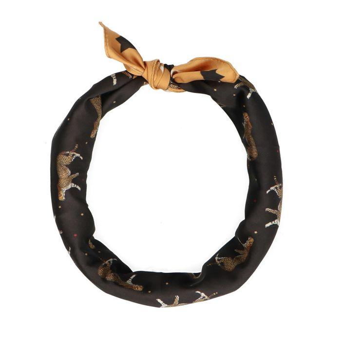 Schwarz-gelbes Tuch mit Leoparden-Aufdruck