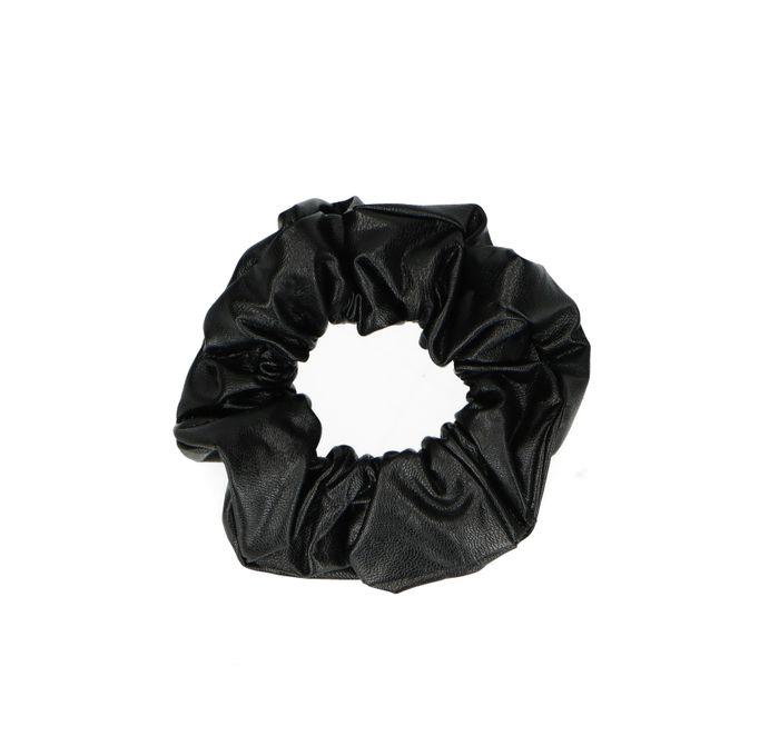 Schwarzer Scrunchie im Leder-Look