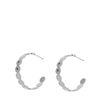 Silberne Creolen mit subtilem Muster
