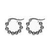 Silberfarbene Ohrringe mit Kügelchen