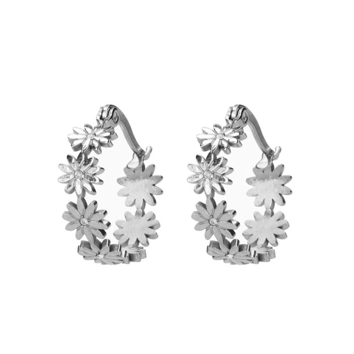 Silberfarbene Ohrringe mit Gänseblümchen