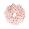 Roze scrunchie met zwarte stipjes