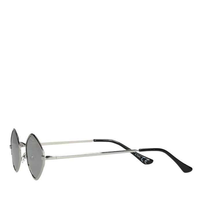 MarijeZuurveldxSacha squared zonnebril