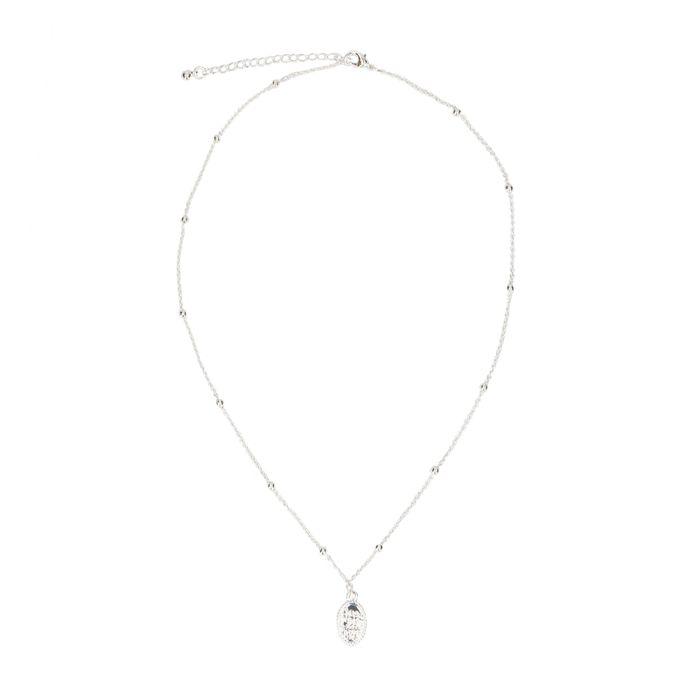 Zilverkleurige ketting met met ovale hanger