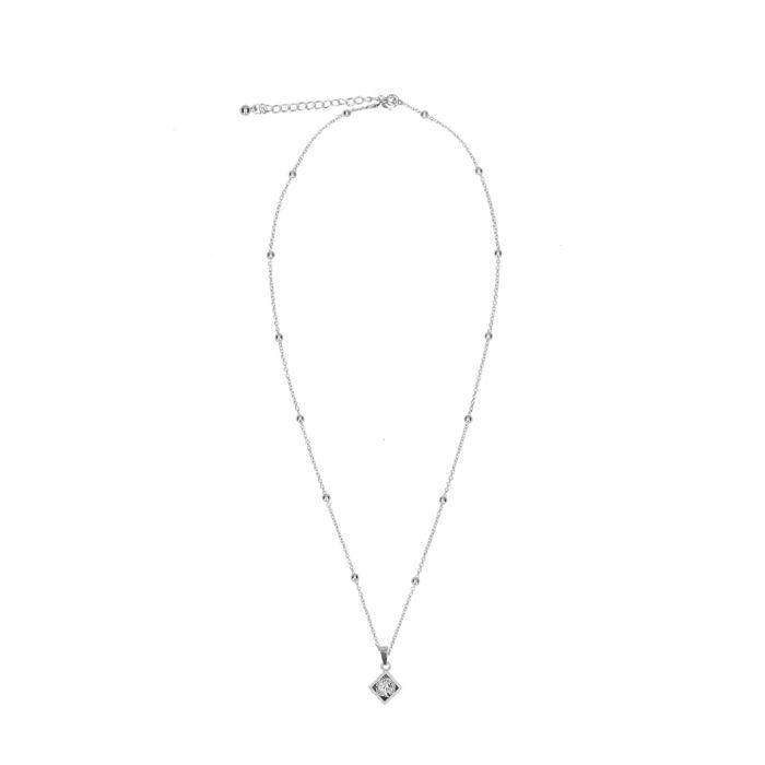 Zilverkleurige ketting met geruite hanger