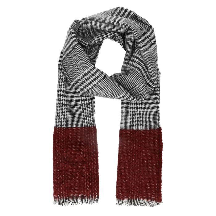 Zwart met witte geruite sjaal
