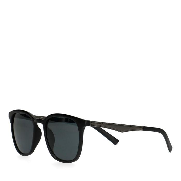 Mat zwarte zonnebril