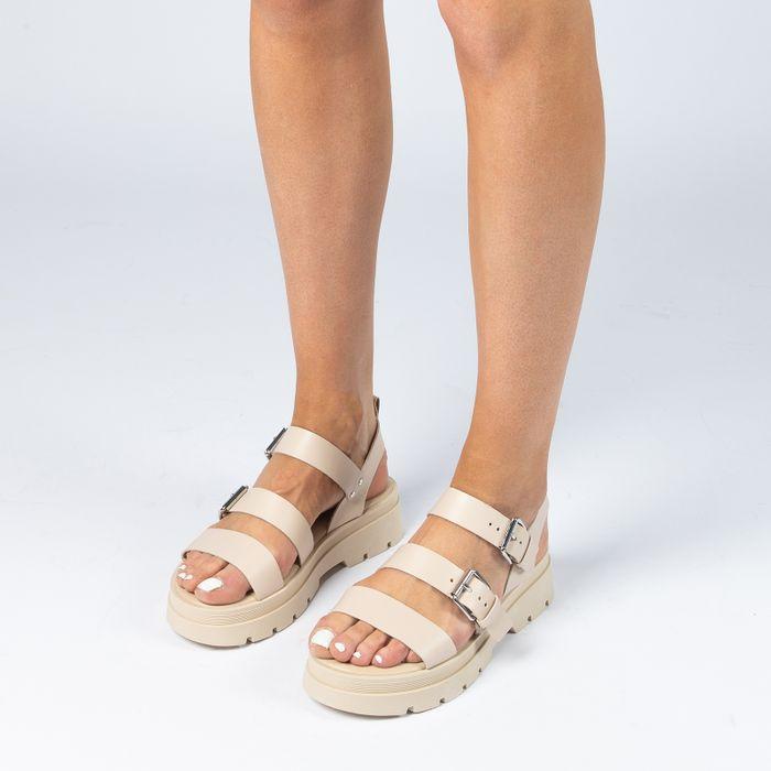 Beige leren plateau sandalen