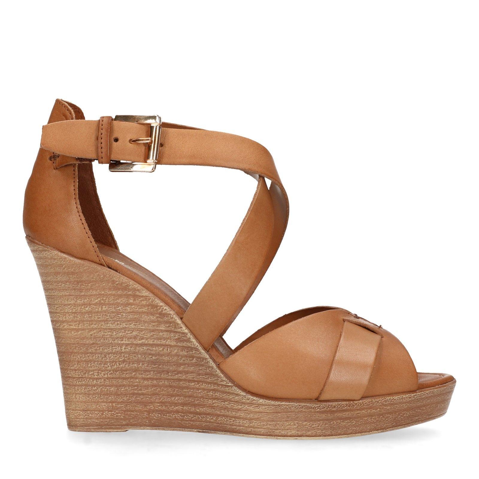 Sacha Bruine sandalen met sleehak