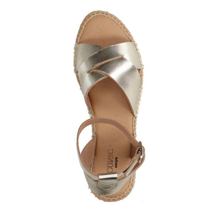 Goudkleurige plateau sandalen
