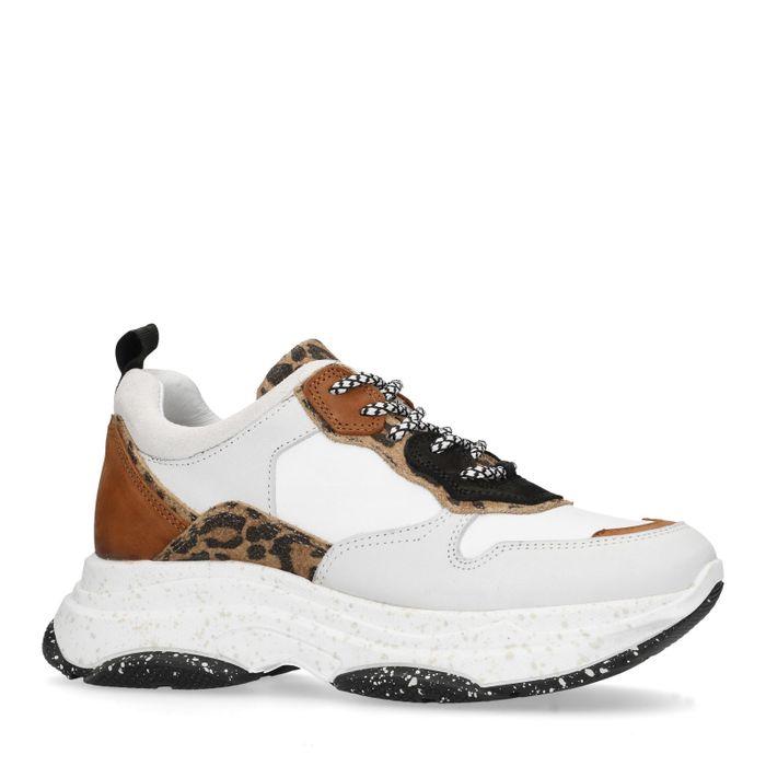 Witte dad sneakers met panterprint