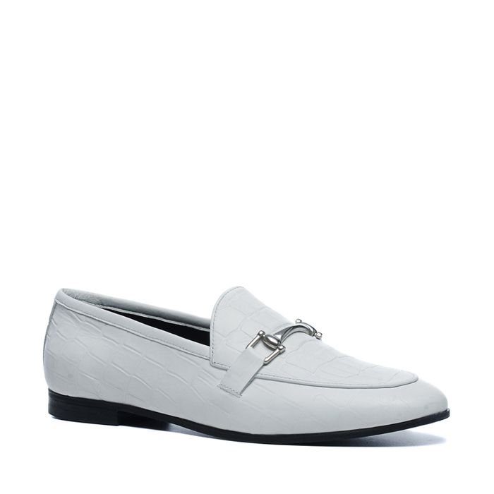 Witte loafers