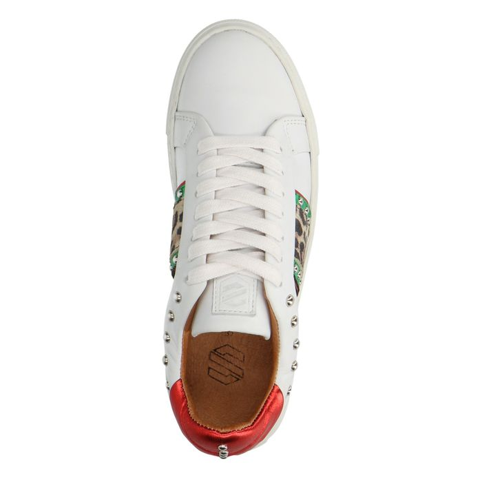 Witte lage sneakers met details