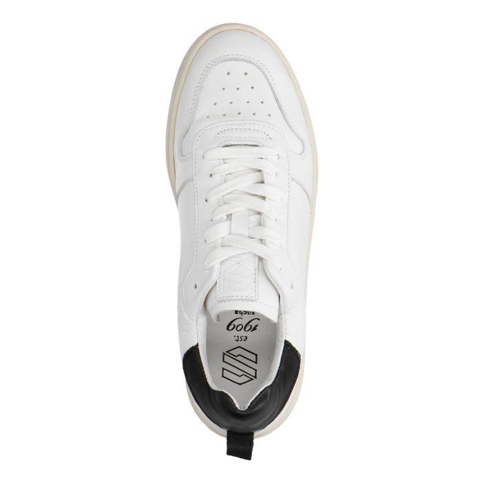 Witte sneakers met zwart detail