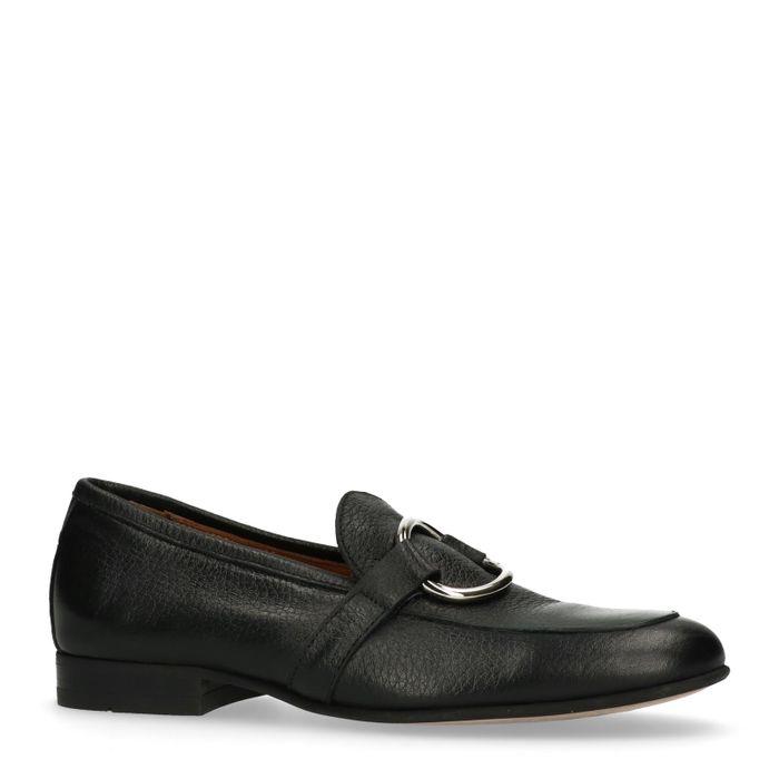 Zwarte loafers met ring