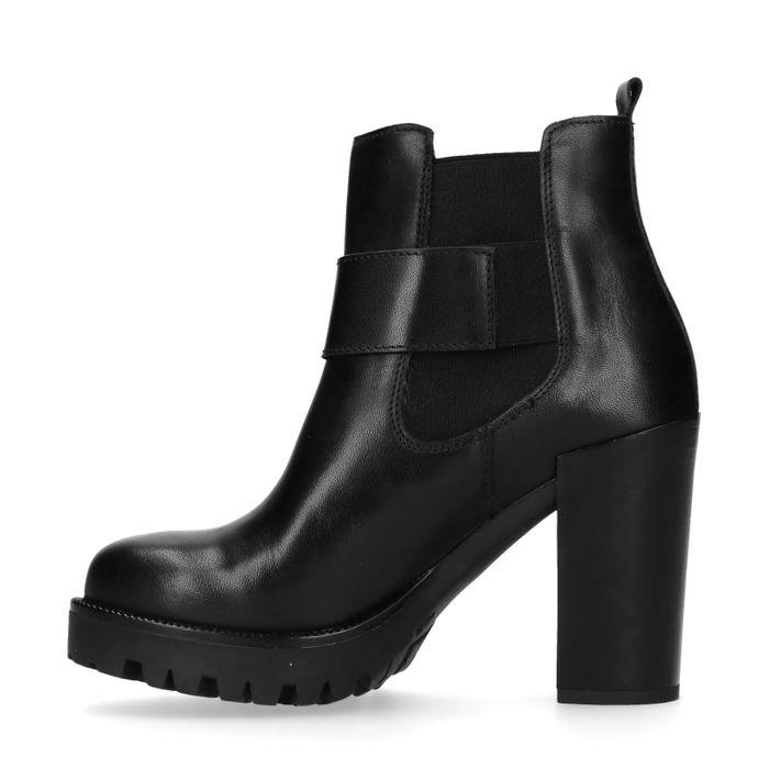 Zwarte chelsea boots met hak en siergesp
