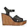 Zwarte sandalen met sleehak