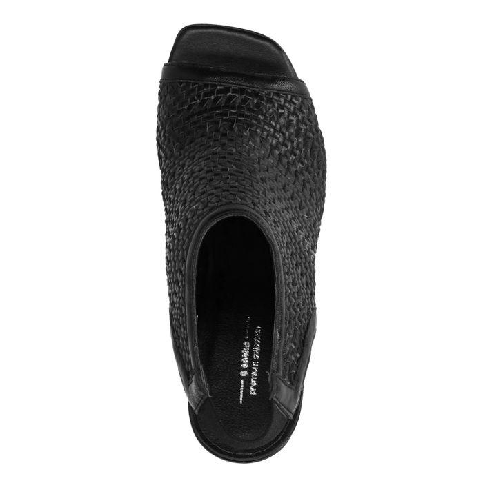 Zwarte sandalen met blokhak en peeptoe