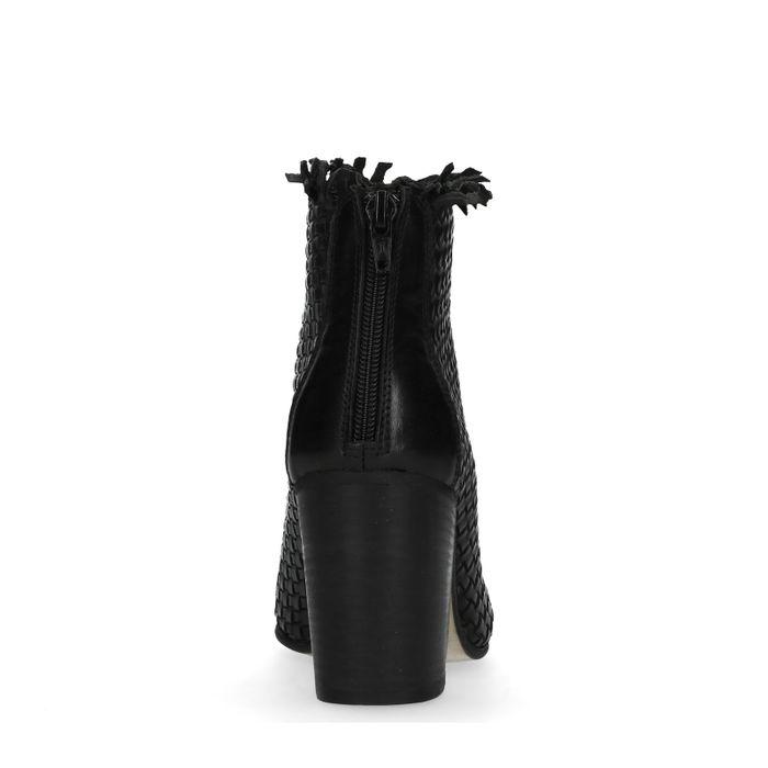 Zwarte gevlochten enkellaarsjes met hak
