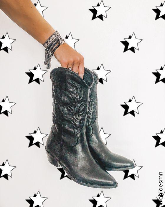 Zwarte cowboylaarzen met sierstiksels
