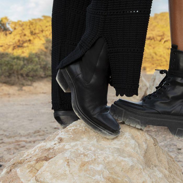 Zwarte leren chelsea boots met vierkante neus