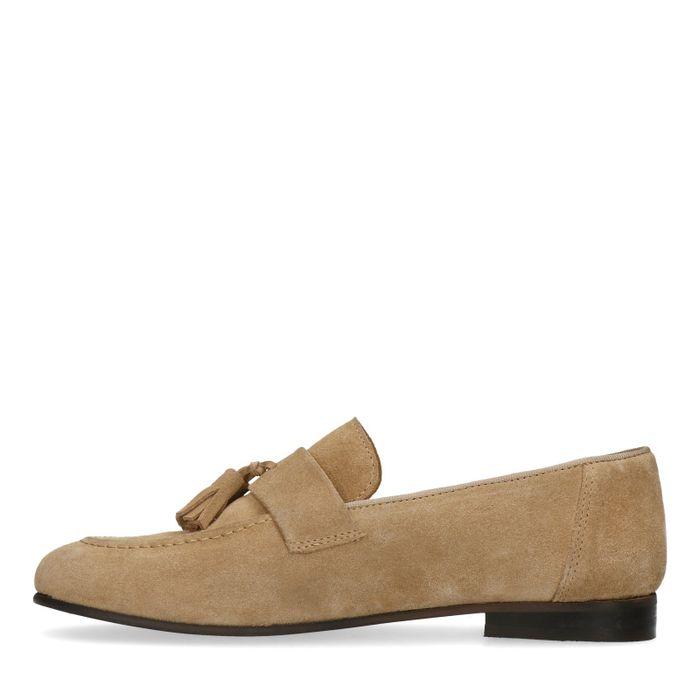 Beige suède loafers