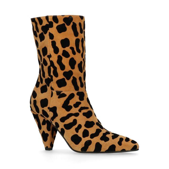 Korte laarzen met luipaard print en hak