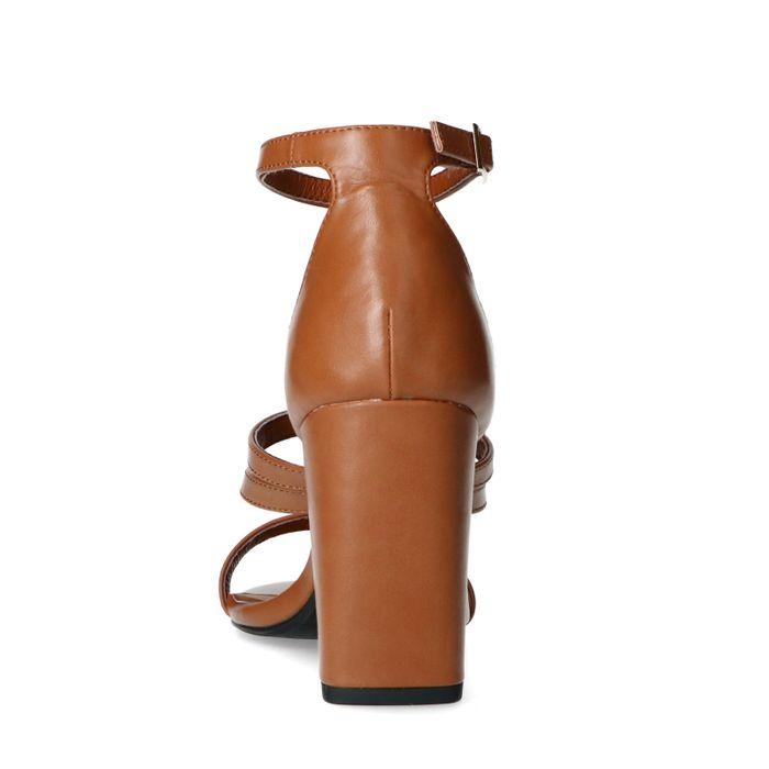 Bruine sandalen met hoge hak