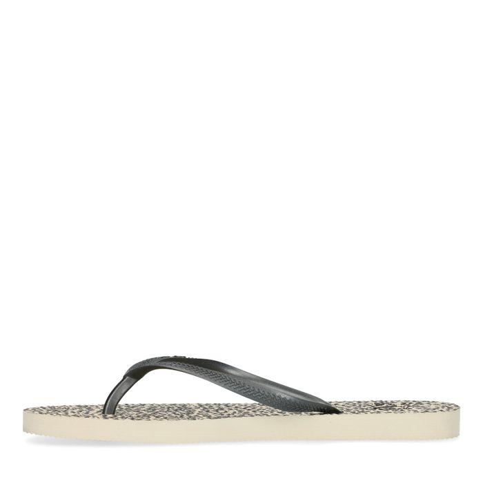 Lichtbruine slippers met panterprint