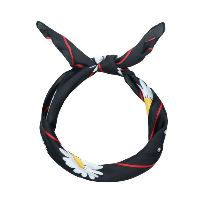 Zwarte sjaal met madeliefjes