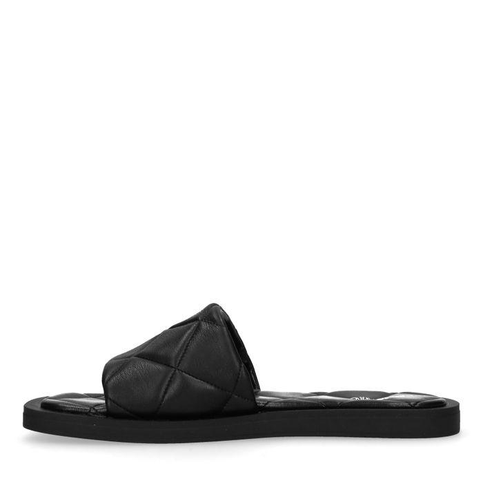 Zwarte leren slippers met ruitpatroon