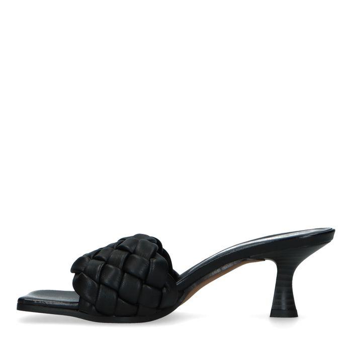 Zwarte leren muiltjes met kitten heel