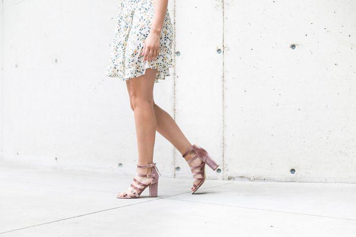 Velvet sandalen met hak oudroze