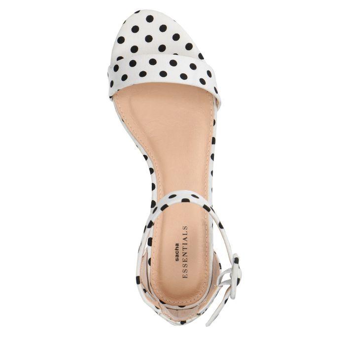 Witte gestipte sandalen met hak