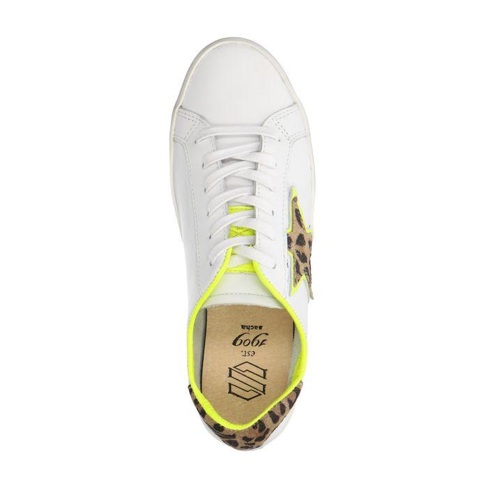 Baskets basses en cuir avec étoile imprimé léopard - blanc