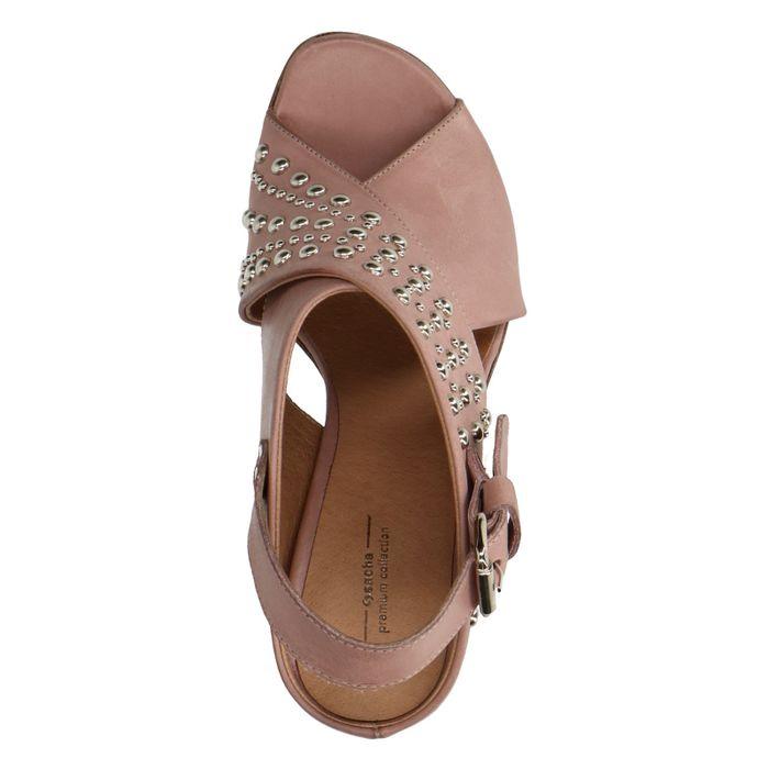 Sandales à talon avec clous - nude