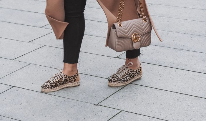Baskets à plateforme cuir avec imprimé léopard