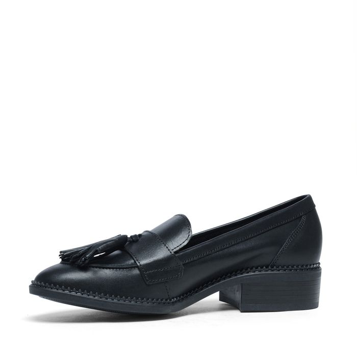 Loafers avec pompons