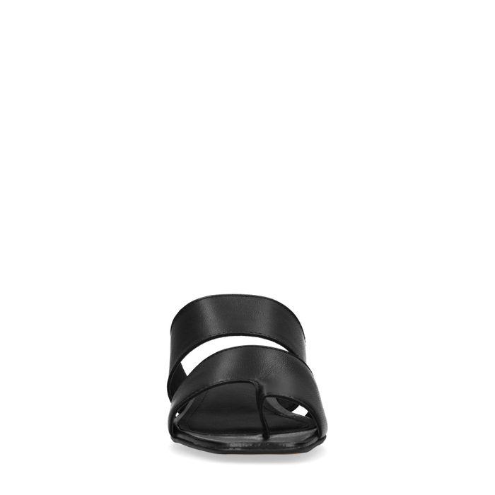 Claquettes en cuir avec petit talon - noir