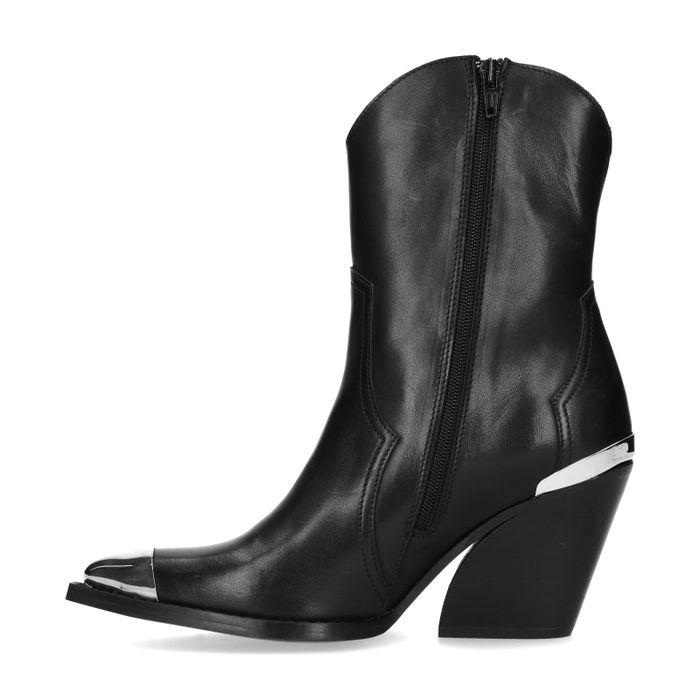 Bottines style western en cuir avec détails métalliques - noir