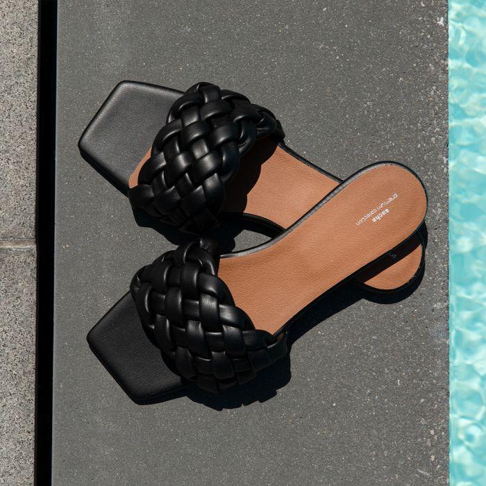 Claquettes en cuir avec bande tressée - noir