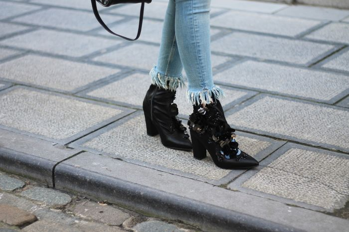 Bottines avec paillettes et petites perles - noir