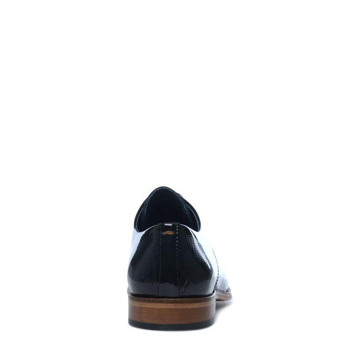 Zwarte lakleren veterschoenen