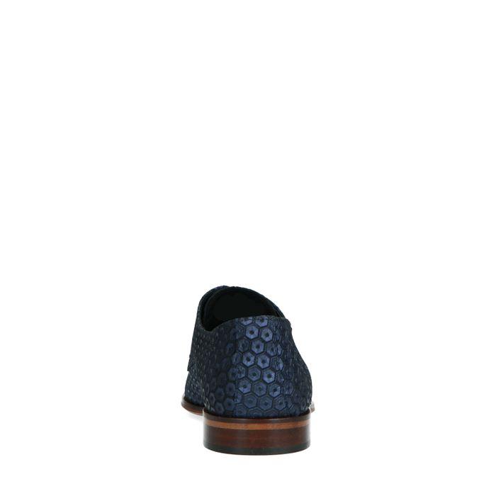 Blauw-paarse veterschoenen met diamantpatroon