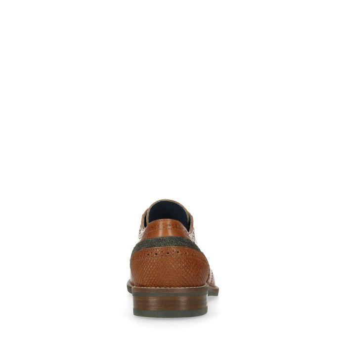 Cognac veterschoen met geperforeerde details