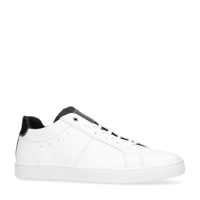Witte sneakers met zwarte details