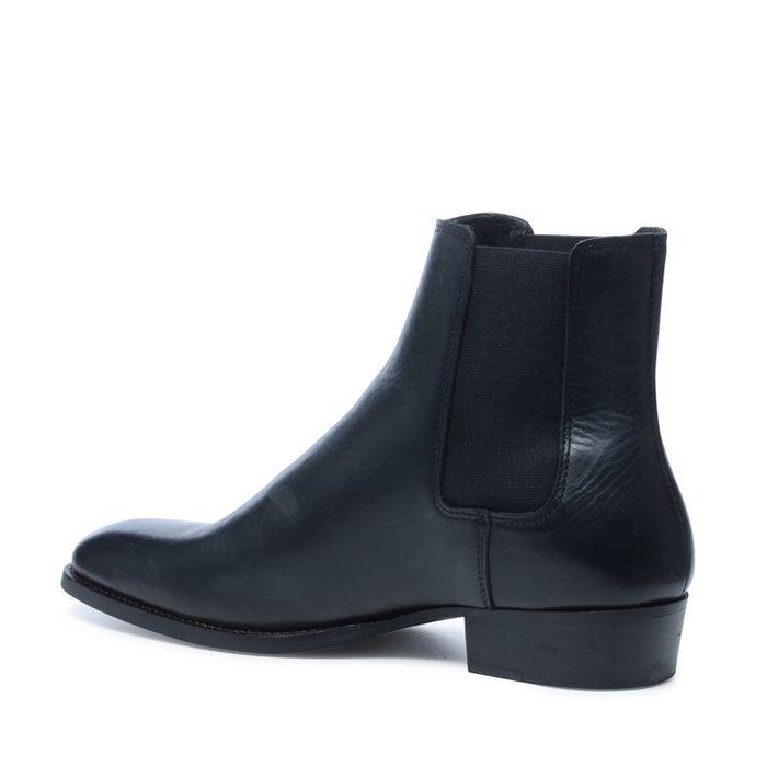 Zwarte chelsea boots met spitse neus