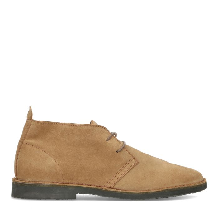 Camel suède desert boots