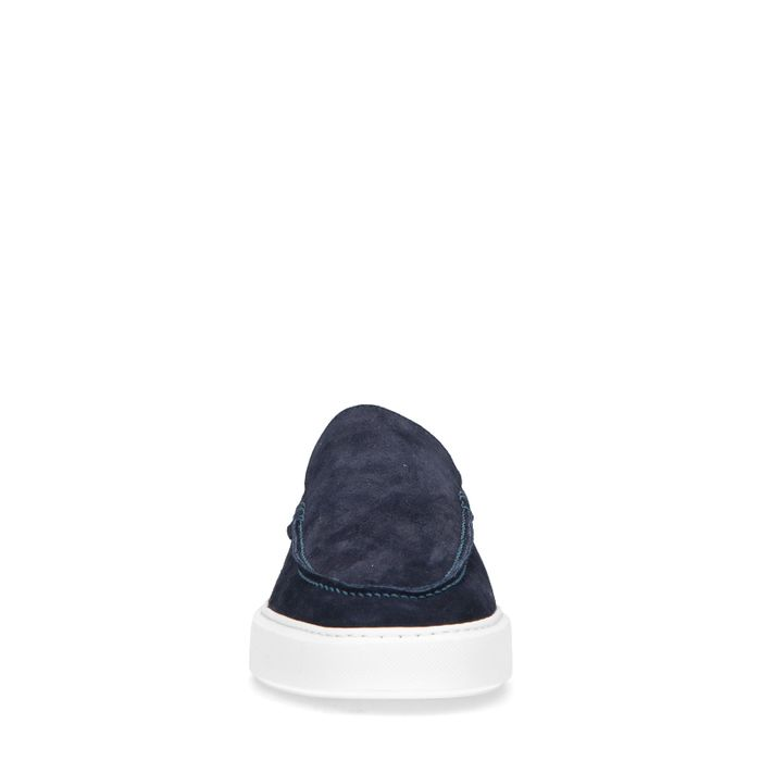 Donkerblauwe loafers met witte zool