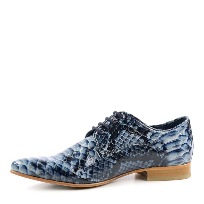 Blaue Schnürschuhe mit Krokomuster